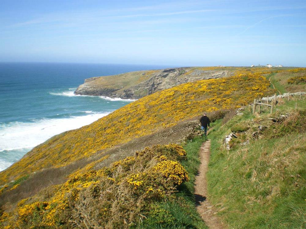 west roose farmhouse walking coastal scenic stunning views sunshine summer